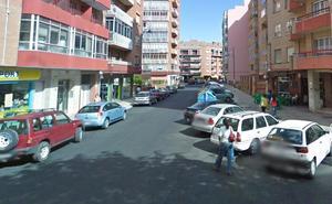 Un indigente marroquí, en la UVI tras ser agredido con una alcantarilla en León capital
