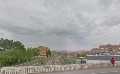 Fomento expropia terrenos para las pasarelas sobre el ferrocarril de San Andrés del Rabanedo