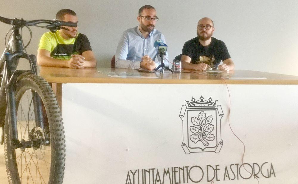 Astorga organiza la IV October Bike con la participación 200 ciclistas