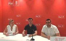 El PSOE canaliza las quejas de pacientes y sanitarios y reclama a la Junta un plan integral de reforma en el hospital Monte San Isidro