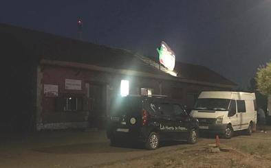 Sufre una descarga eléctrica al instalar un surtidor de bebidas en una conservera de Fresno de la Vega