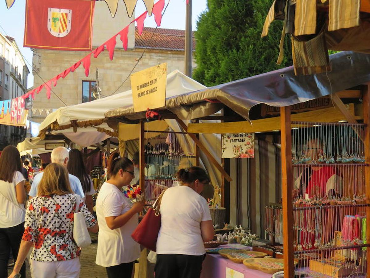 Un mercado para tres culturas