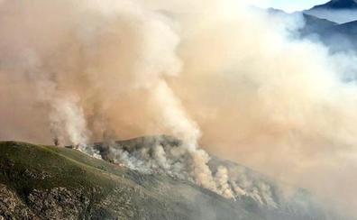 Extinguido el incendio de Peranzanes tras arrasar 300 hectáreas de monte bajo y roble