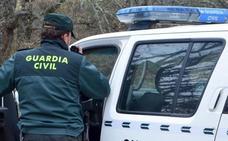 La Guardia Civil detiene a tres hombres en La Bañeza por un intento de homicidio en Benavente