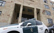 El fiscal rebaja a menos de dos años la petición de cárcel para el leonés que golpeaba con una cachava a sus sobrinos