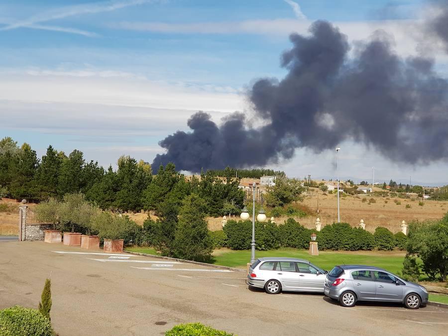Incendio en una planta de reciclaje de Onzonilla