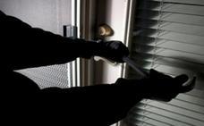 Se enfrenta a pena de cárcel por robar en el domicilio y un almacén de su vecina en Boñar