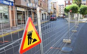 La Bañeza inicia las obras de urbanización y renovación de las calles Imperial y Escultor Rivera por más de 200.000 euros