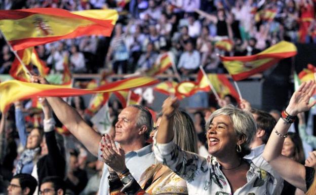 VOX León ve un «tufillo corrupto imporante» en el Partido Popular