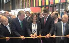 Silván aplaude el marco expositivo y Miguel Ángel del Ejido rinde homenaje a los promotores