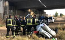 Aparatoso accidente en la LE-30