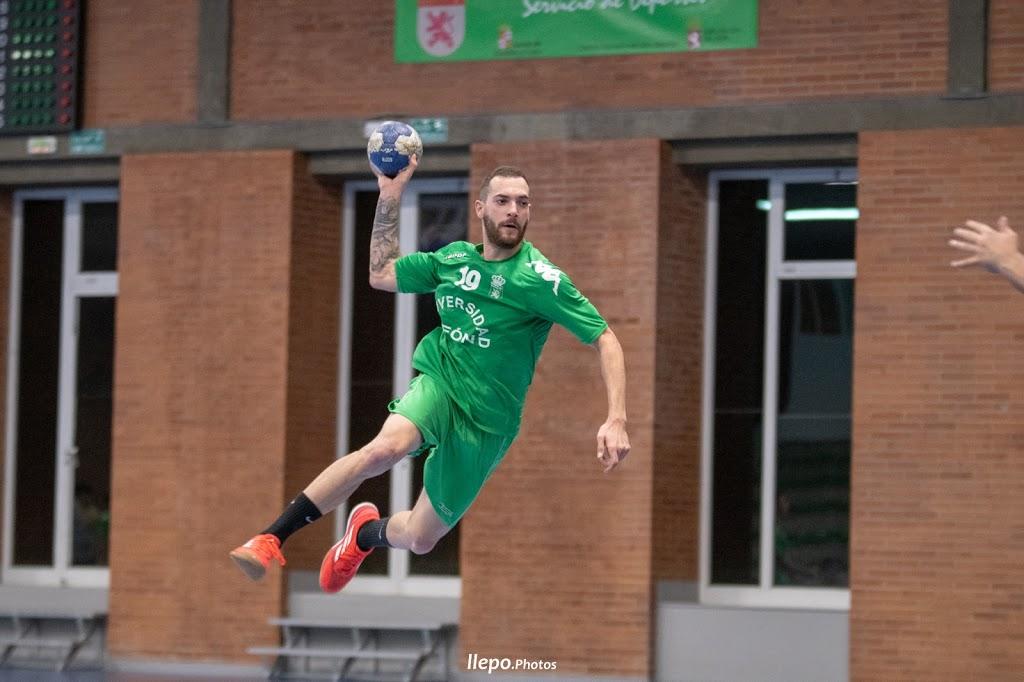Derrota del ULE Ademar ante el BM Soria (20-30)