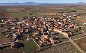El alcalde de Bustillo achaca la situación al envejecimiento de la población