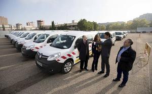 La Junta adquiere siete vehículos nuevos para conservación de carreteras en León