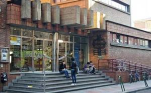 León presume de tradiciones en la Biblioteca Pública