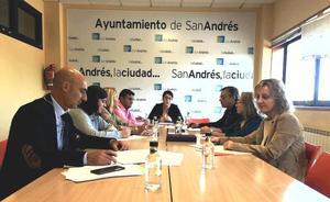 La alcaldesa de San Andrés se reúne con la oposición en la primera Junta de portavoces tras su toma de posesión