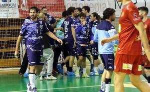 El Abanca Ademar da un golpe sobre la mesa en Huesca