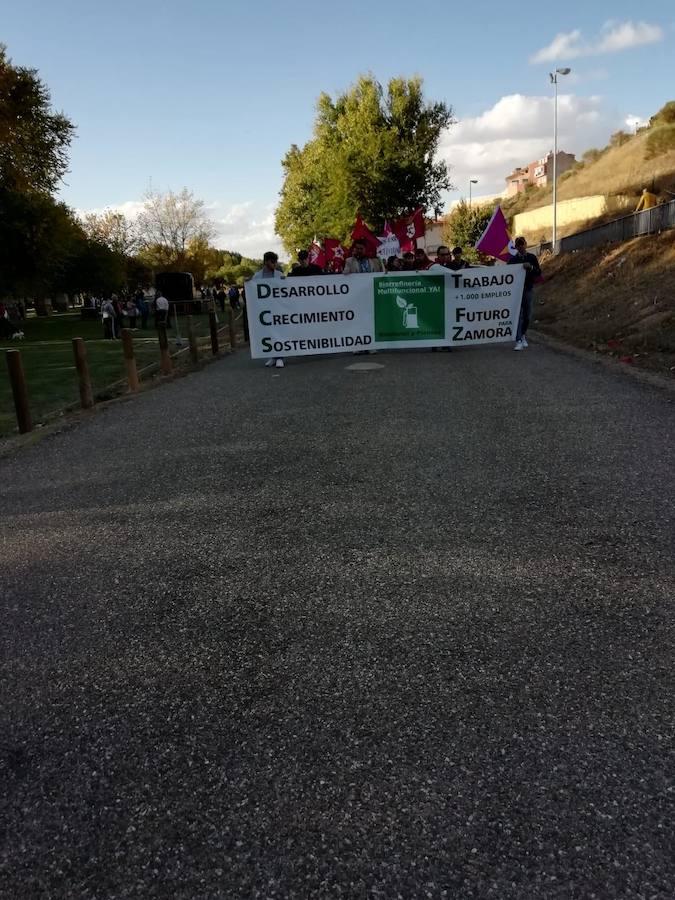 Imágenes de la manifestación leonesista en Benavente