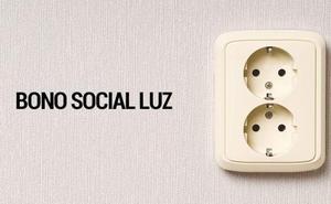 Los nuevos criterios del Gobierno reducen a un tercio los hogares con bono social en Castilla y León