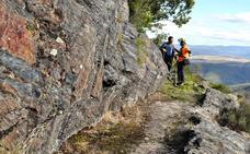 Peñalba y Villanueva de Valdueza recuperan la senda de su canal romano
