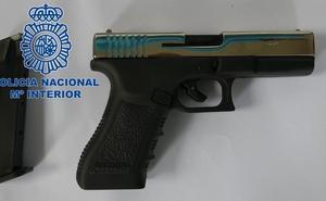 Un detenido por la Policía Nacional en Ponferrada tras disparar con una pistola simulada en un incidente de tráfico