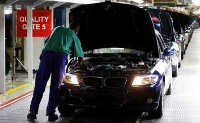 BMW llama a revisión a 1,6 millones de automóviles por un problema con el refrigerante