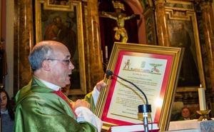 Paralizado el destierro del cura Ramos Gordón tras recurrir éste al Vaticano