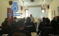 La Policía Nacional realiza jornadas sobre síndrome de down, autismo y alzhéimer