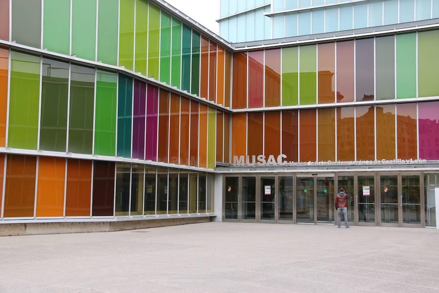 El MUSAC acoge tres nuevos proyectos expositivos
