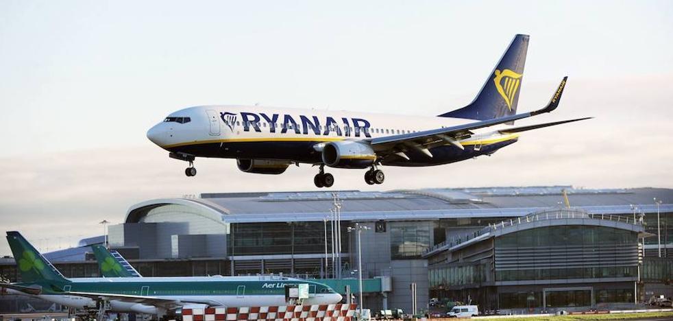 Dos vuelos de Ryanair se cruzan con trayectorias próximas al rumbo de colisión