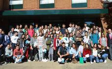 La Universidad de León se interesa por el proyecto educativo de Peñacorada