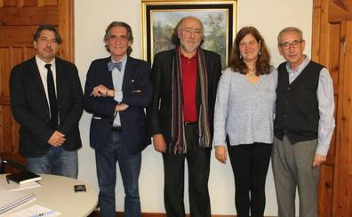 'Once ensayos sobre lo convencional y un cuento' de Santiago gana el 56º Premio Libro de Cuentos Fundación MonteLeón