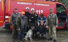 El heróico rescate de un perro que se cayó por la chimenea en Igüeña por los Bomberos de Ponferrada