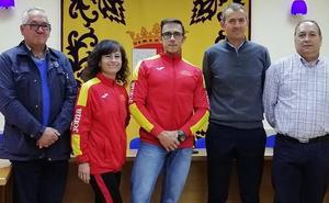Reyes Rodríguez y Juan Manuel García reciben el apoyo de La Robla antes de ir al Mundial de Madrid