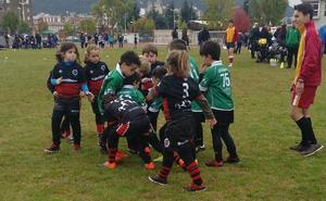 Los 'peques' de la escuela del León RC disfrutan en Ponferrada
