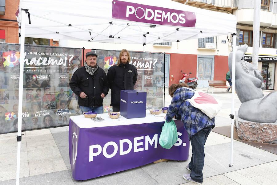 El secretario regional de Podemos presenta la campaña '¿Qué Castilla y León hacemos?' en Astorga