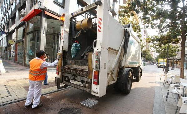Merayo anuncia que el Ayuntamiento de Ponferrada recuperará la gestión del servicio de limpieza y basuras