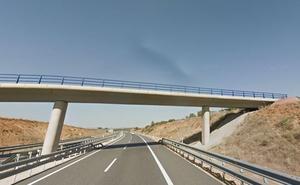 El Gobierno asume el proyecto para sacar el tráfico de la León-Astorga