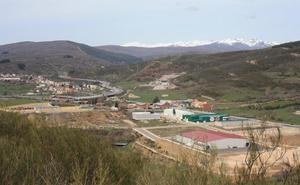 El Ayuntamiento de Carrocera aprueba la venta de 30 parcelas del polígono industrial 'Los Avezales'