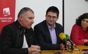 El concejal de Ahora Madrid Carlos Sánchez Mato participa en Ponferrada en un acto sobre gestión directa de los servicios públicos