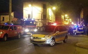 Tres heridos tras sufrir un aparatoso accidente en el barrio de La Vega de la capital