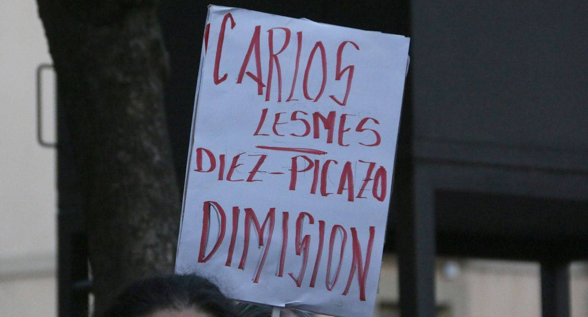 Concentración frente a la Audiencia Provincial de León por la decisión del Tribunal Supremo sobre el impuesto de hipotecas