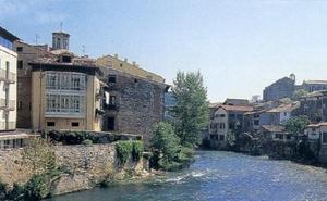 Hallan el cuerpo sin vida de un hombre de La Bañeza flotando en el río en Estella