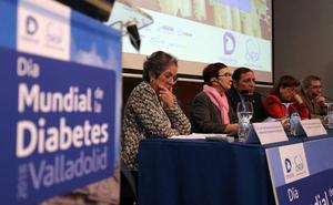 Sáez anuncia que a mediados de 2019 los grupos de mayor prevalencia de diabetes contarán con medidores continuos de glucosa