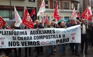 Los auxiliares de Compostilla toman la calle en Ponferrada para pedir una «vía de futuro» a sus empleos