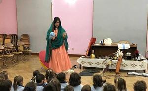 Los alumnos del Colegio Santa Teresa aprenden cómo vivían los romanos en León