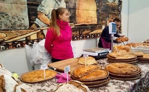 La feria de San Martín atrae a miles de visitantes «con una amplia oferta de productos» a Mansilla de las Mulas