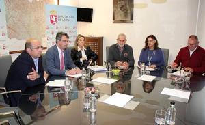 El PSOE de la Diputación denuncia que la comisión mixta de sanidad llega «tarde y mal»