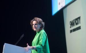 Ribera ve «prudente» fechar en 2040 la prohibición de vehículos contaminantes