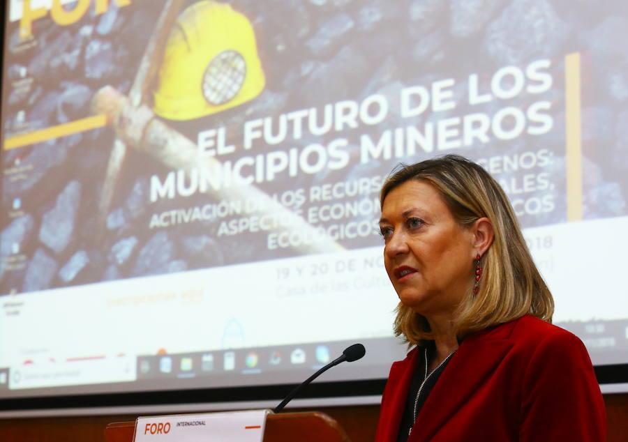 Inauguración del foro internacional 'El futuro de los municipios mineros'